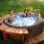 A Great Portable Hot Tub for Exquisite Luxury